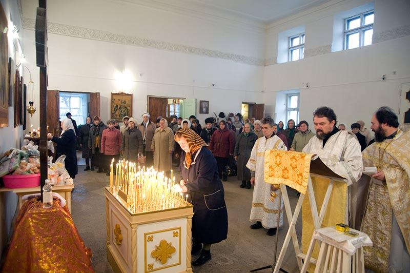 26 октября/8 ноября) церковью установлена димитриевская родительская суббота